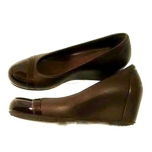 CROCS Dark Brown Wedges